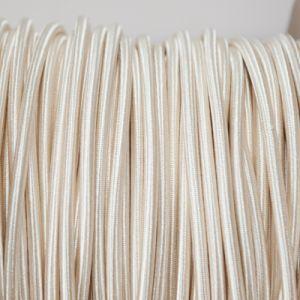 Cream rond gevlochten strijkijzersnoer