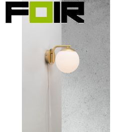 Nordlux wandlamp 'Grant' opaal glas messing E14 fitting 145mm